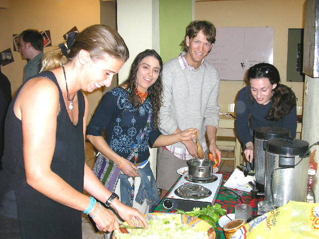Enjoy our cuisine, learn to do many guatemalan meals.