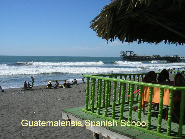 Black sand beaches, sunny days, fun only in the Guatemalensis Spanish School program.
