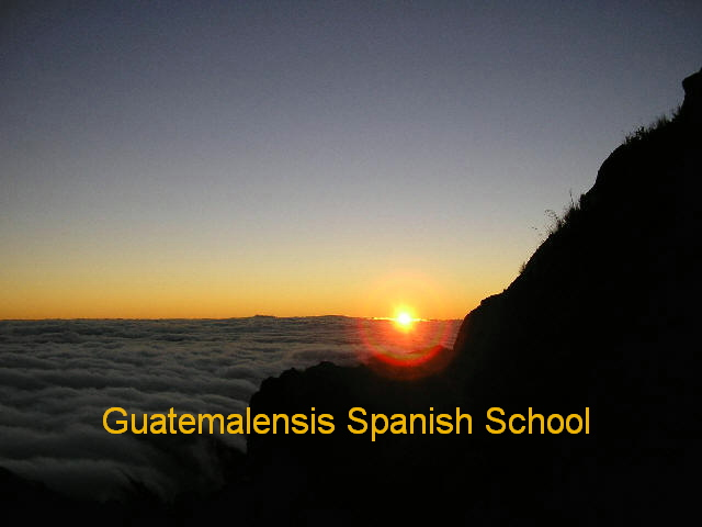 The hiking program of Guatemalensis Spanish School includes the ascent of amazing volcanoes.