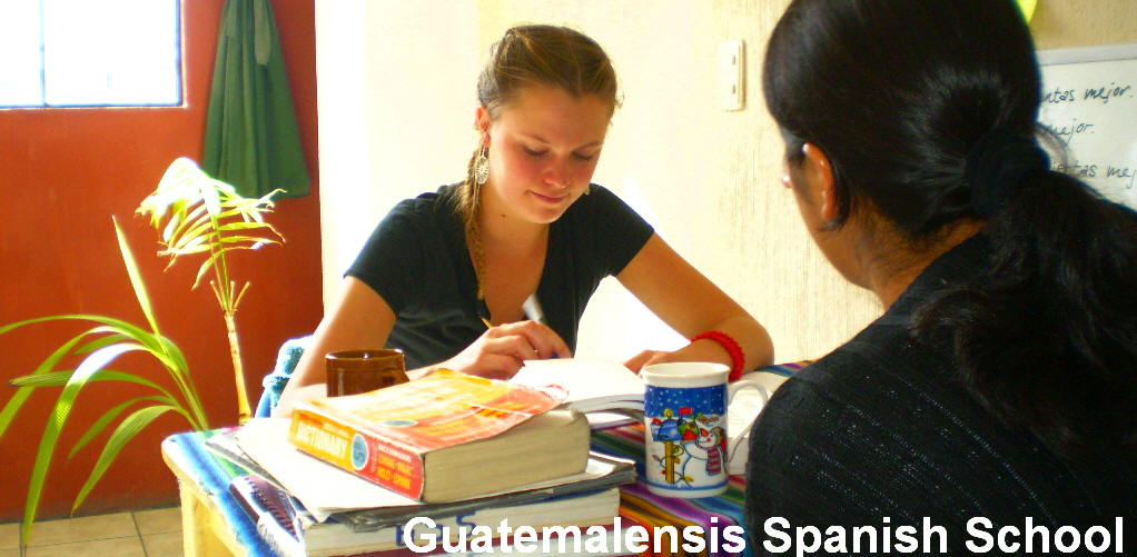 Study one-on-one with a certified and experienced hispanic teacher. Each session is designed to meet your specific language needs and goals, allowing you to move at your own pace. Learn the Spanish language in connection with the culture. We are not only a Spanish School, we are outdoors, adventure, culture, fun and security.