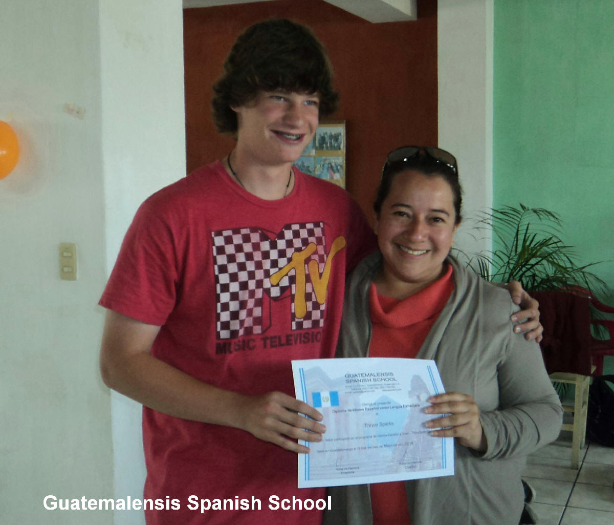 In Guatemalensis Spanish School you will find professional and friendly teachers
