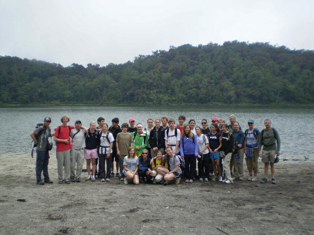 High School students at the beach of the Chicabal Lagoon.
